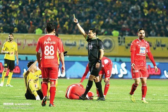 آقای فغانی هستند؛ قُلدُرخان فوتبال ایران!
