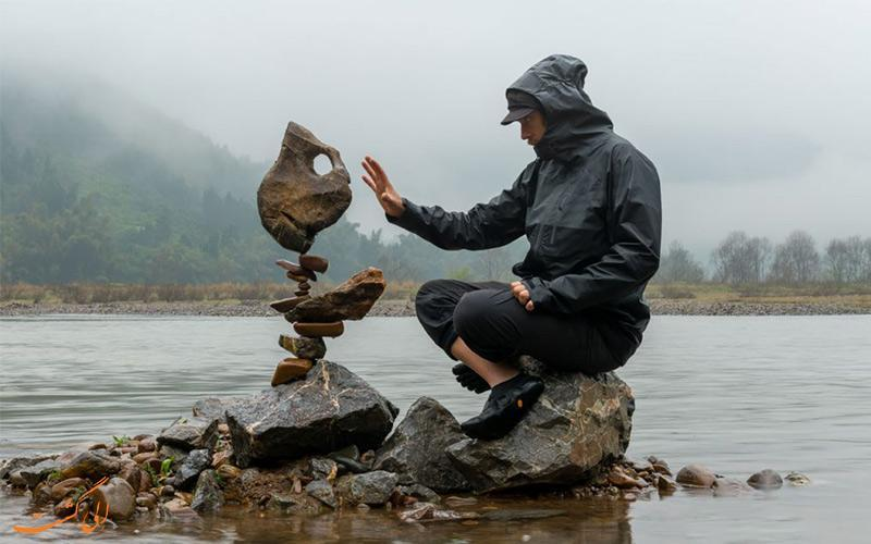 تعادل سنگ ها؛ هنری در میان جاذبه های طبیعت گردی