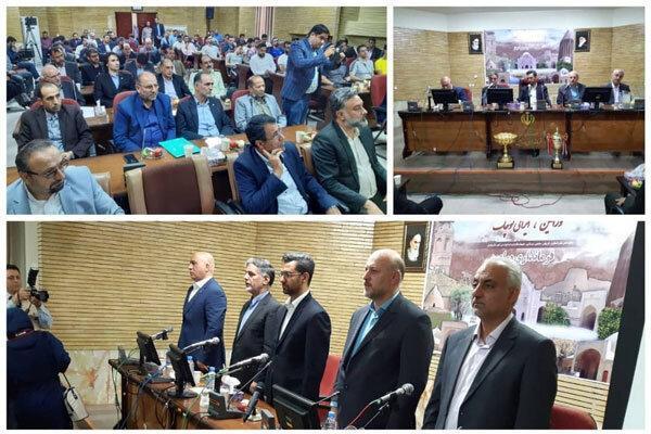 بازیکنان و کادر فنی تیم والیبال شهرداری ورامین تقدیر شدند